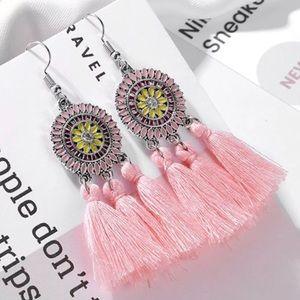Jewelry - 2/$8 Pink Tassel Earrings ❤️